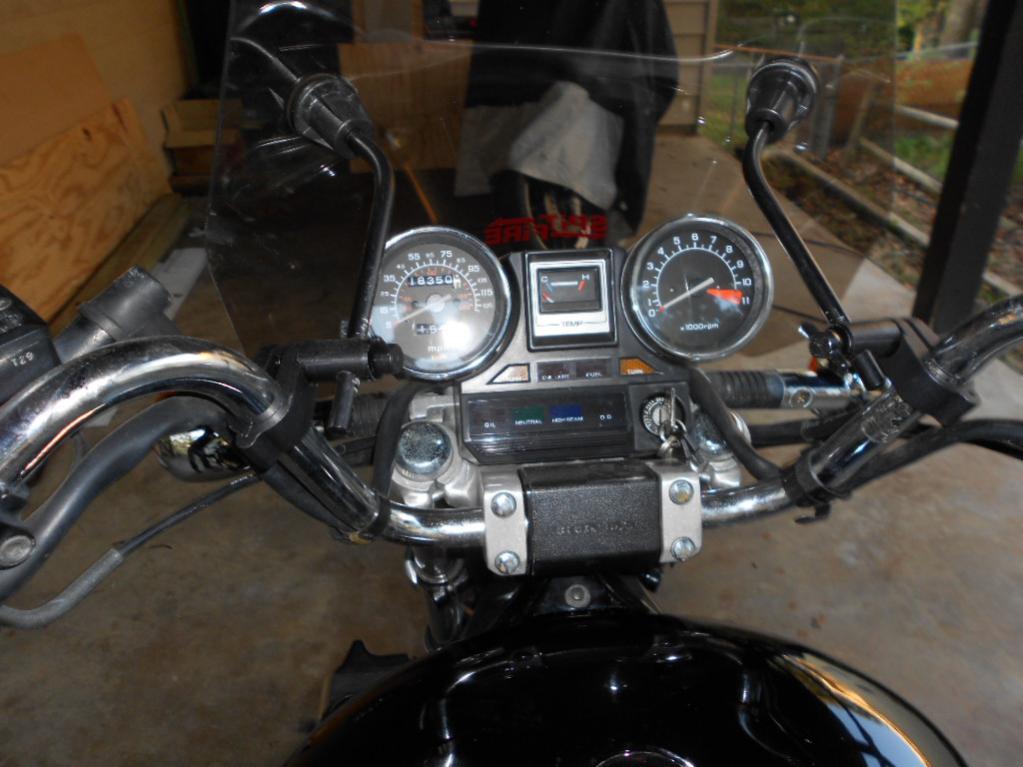 Is this '86 Honda Magna 700 a good deal?-008.jpg