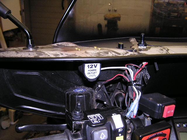 16660d1390146188 2014 rancher auxiliary plug aux plug 2014 rancher auxiliary plug???? honda atv forum House Fuse Box Location at bayanpartner.co