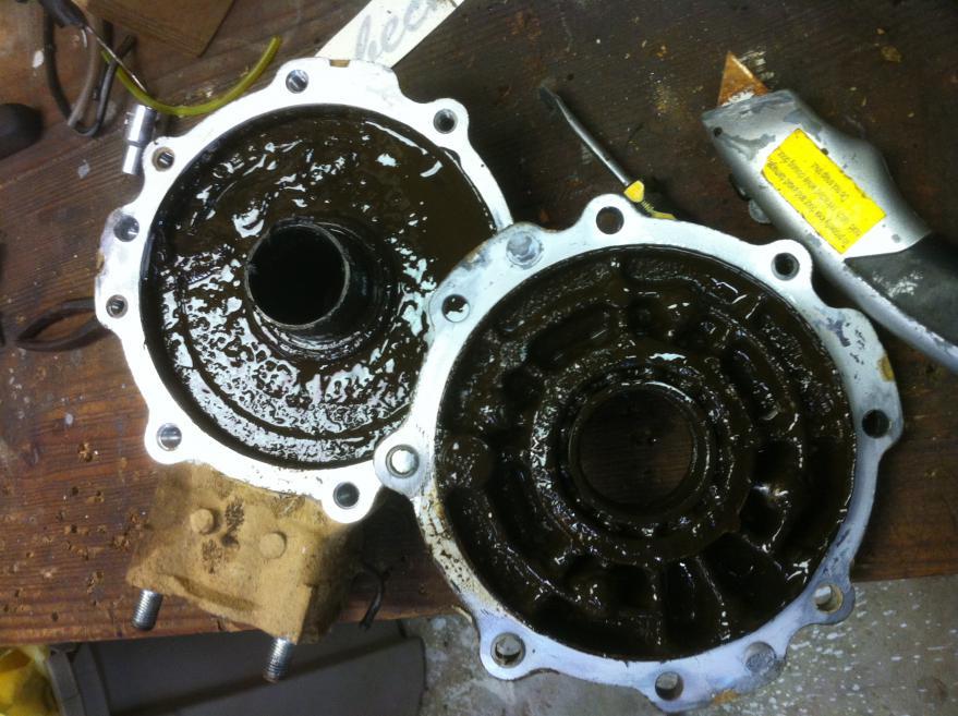 Newbie!!!! Rebuilding the final drive on a '89 Honda Fourtrax 300