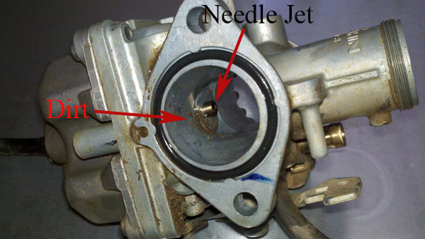 06 TRX250EX carburetor-needle_jet.jpg