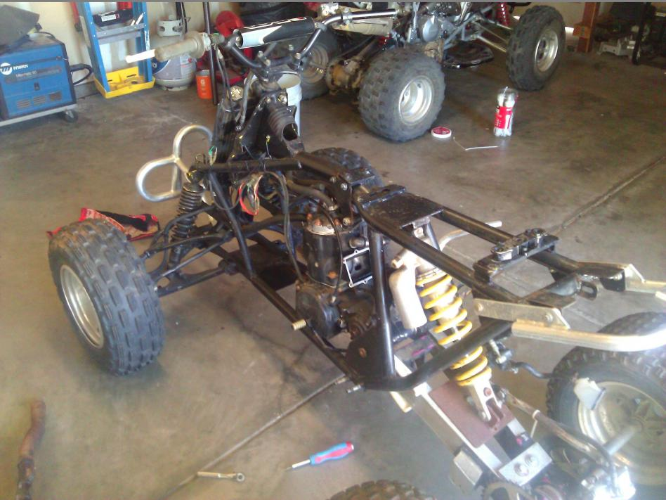 together with Ltcrfinnished as well Quadracer together with C B F C F A Ba F Dc Eff additionally D New Quad Cr R Engine Needs Some Tlc Wp. on 91 lt250r